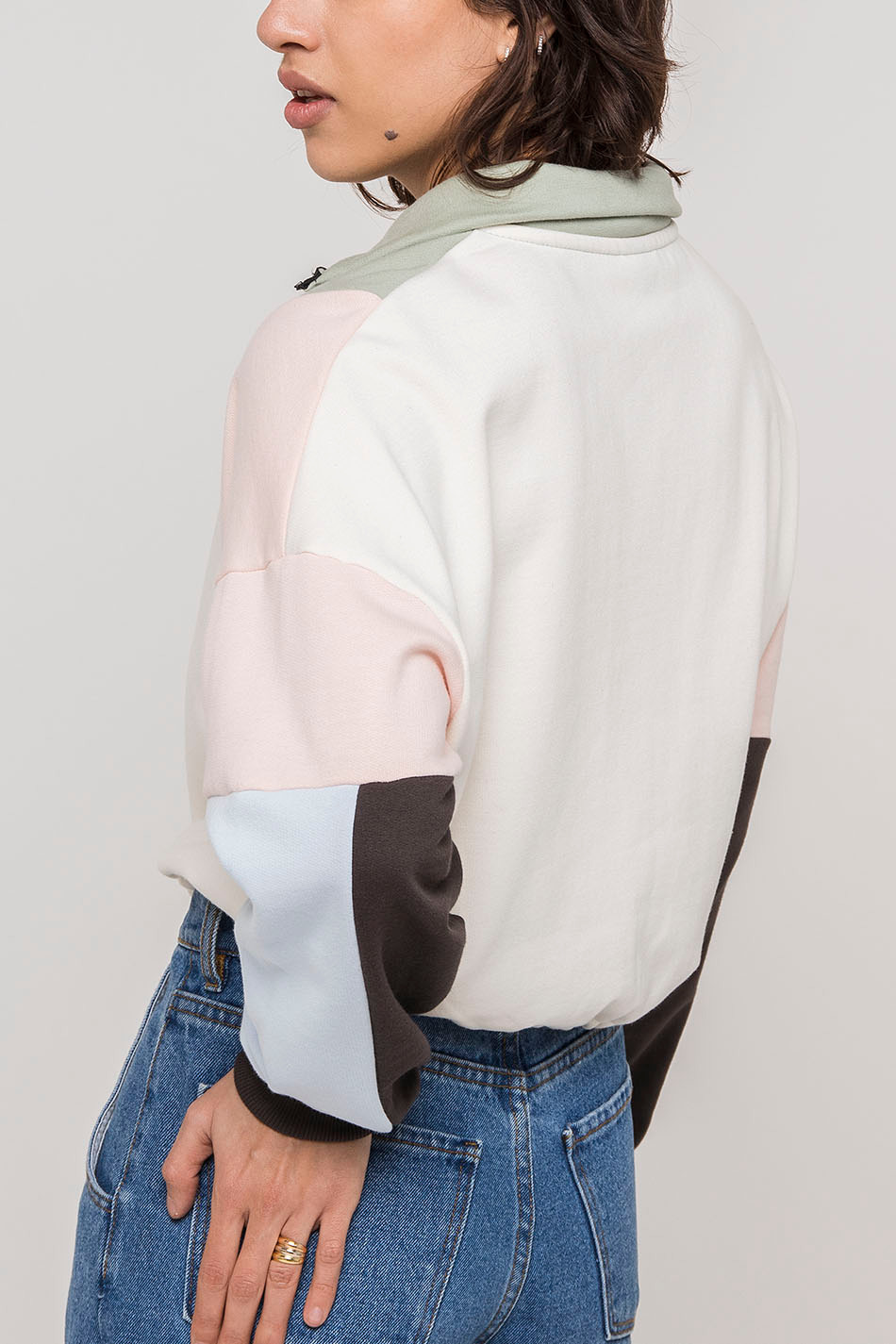 Sudadera Crew Blondie Ivory/Fresh Green/Pink