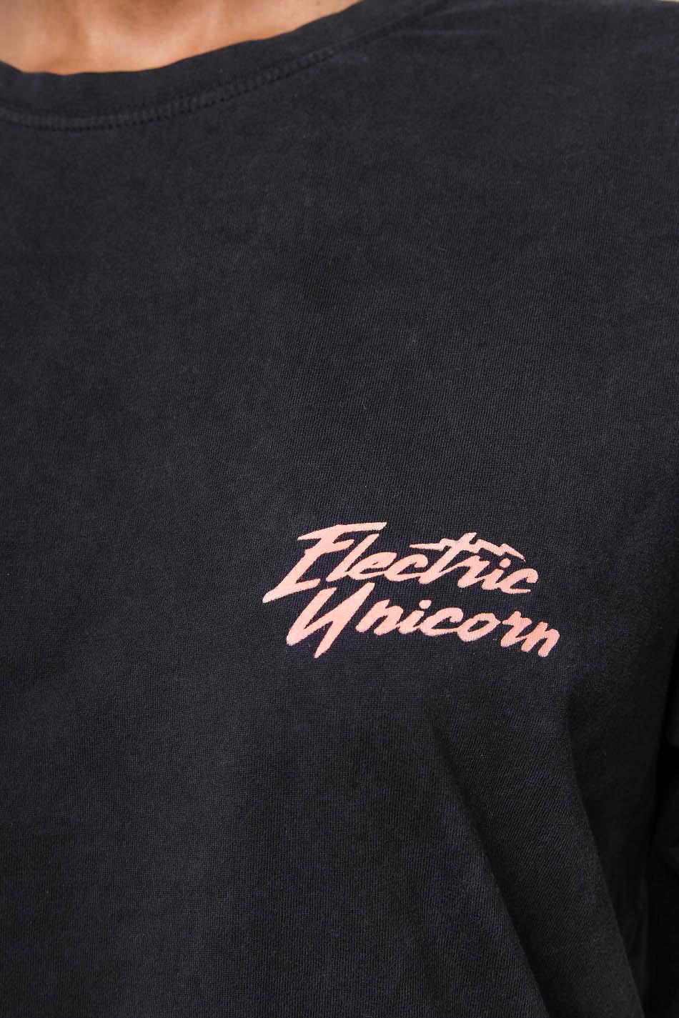 Camiseta Washed Unicorn Negra