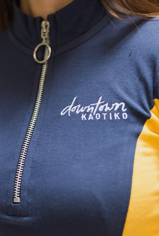 Camiseta Alberta marino/oro